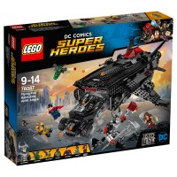 LEGO SUPER HEROES Flying Fox Batmobil-Attacke